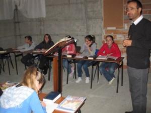 Albania-catechesi-con-don-Patrizio