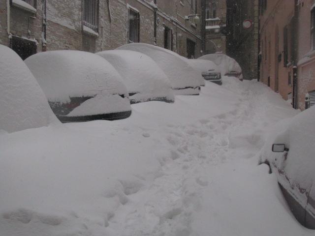 Centro-storico-Macerata-con-neve-1