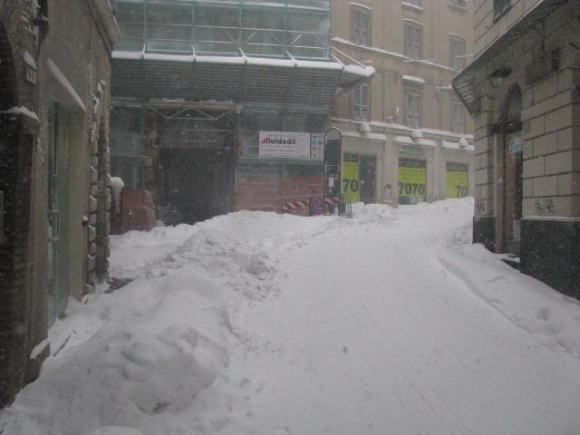 Centro-storico-Macerata-con-neve-11
