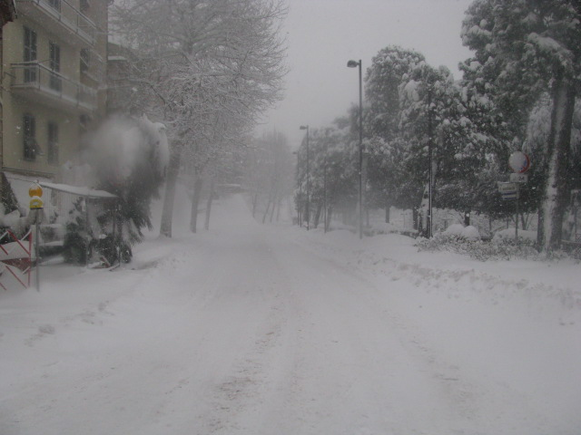 Centro-storico-Macerata-con-neve-18