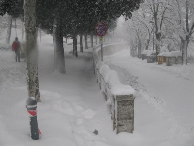 Centro-storico-Macerata-con-neve-19