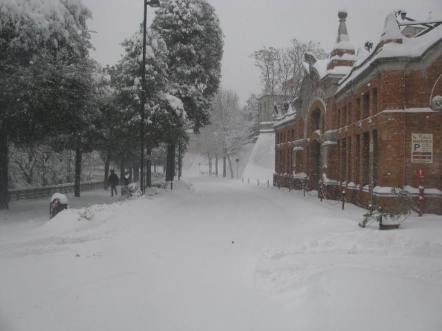 Centro-storico-Macerata-con-neve-28