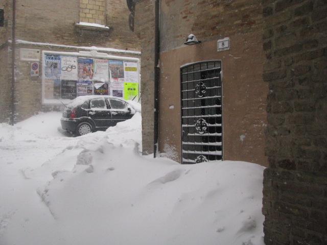 Centro-storico-Macerata-con-neve-30