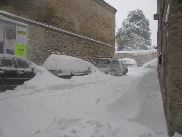 Centro-storico-Macerata-con-neve-31
