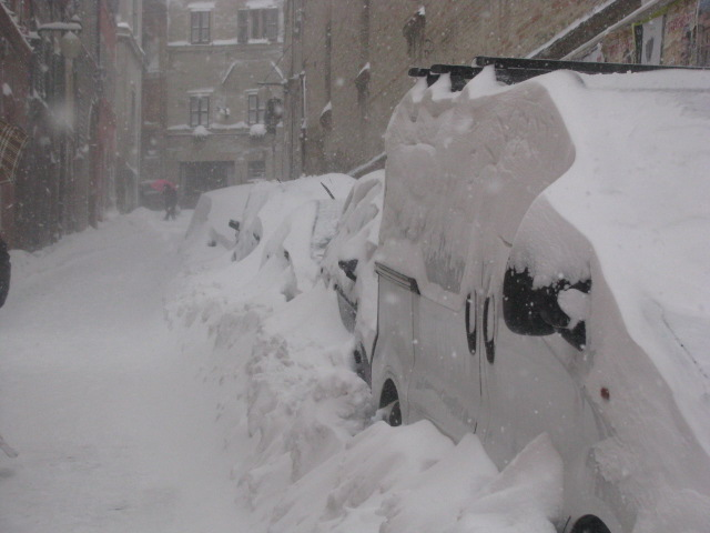 Centro-storico-Macerata-con-neve-32