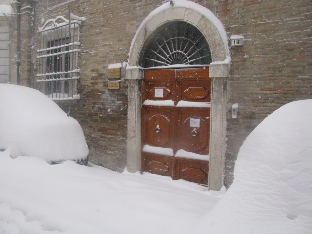 Centro-storico-Macerata-con-neve-38