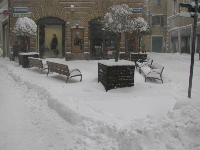 Centro-storico-Macerata-con-neve-4