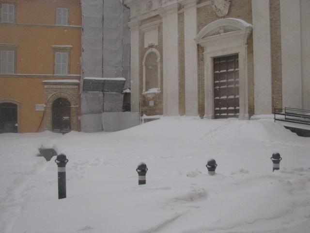 Centro-storico-Macerata-con-neve-40