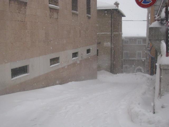 Centro-storico-Macerata-con-neve-41