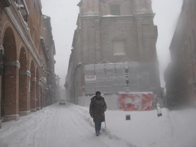 Centro-storico-Macerata-con-neve-43