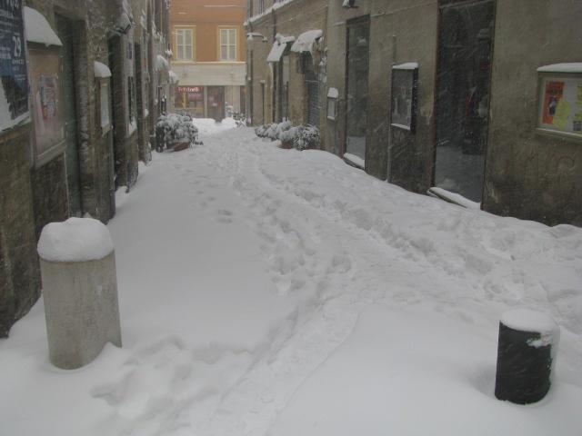 Centro-storico-Macerata-con-neve-5