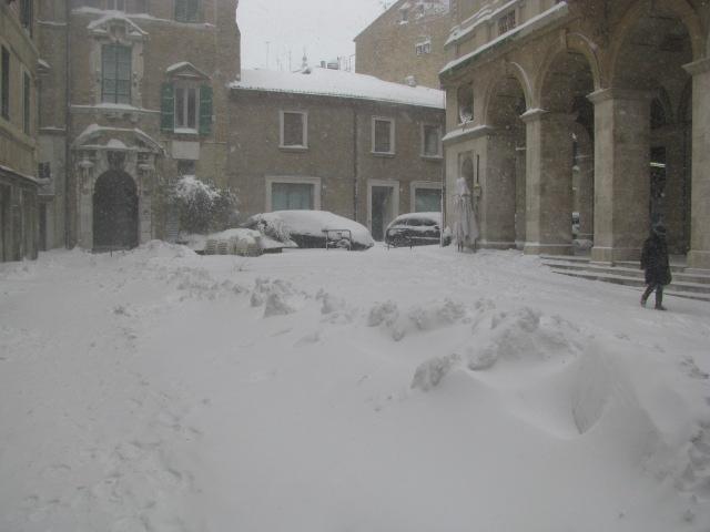 Centro-storico-Macerata-con-neve-6