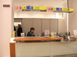 Inaugurazione-Poste-Macerata-Centro-10-feb-2012-21-300x225