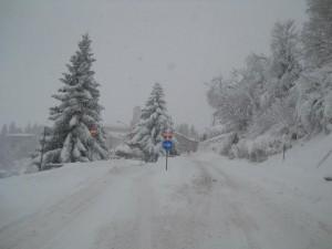 Via-di-Camerino_santacchi_neve