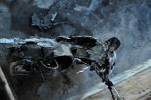 vespa-bruciata