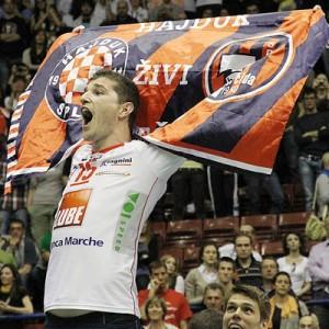 Bandiera-Hajduk-Omrcen