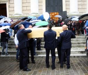 funerale-federico-bordi-tolentino-6-300x256