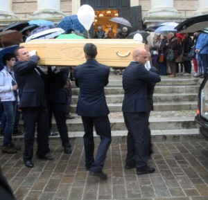 funerale-tolentino1-300x289