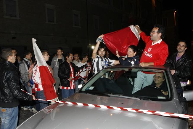 Festa-Juventus-Piazza-della-Libertà-Macerata-2