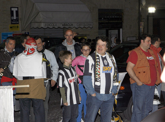 Festa-Juventus-Piazza-della-Libertà-Macerata-6
