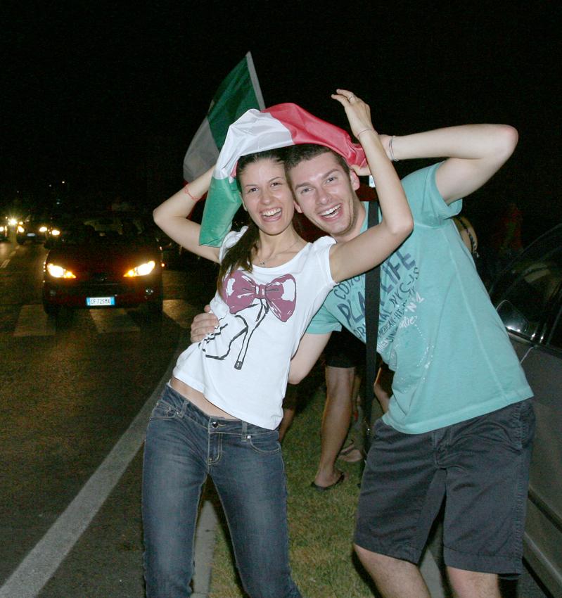 Macerata-in-festa-per-lItalia-in-finale-agli-Europei-22