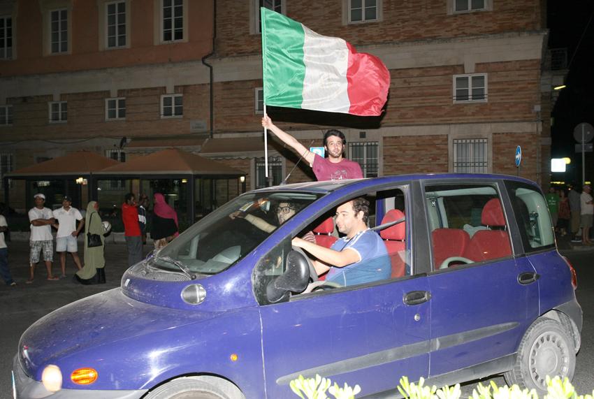 Macerata-in-festa-per-lItalia-in-finale-agli-Europei-32