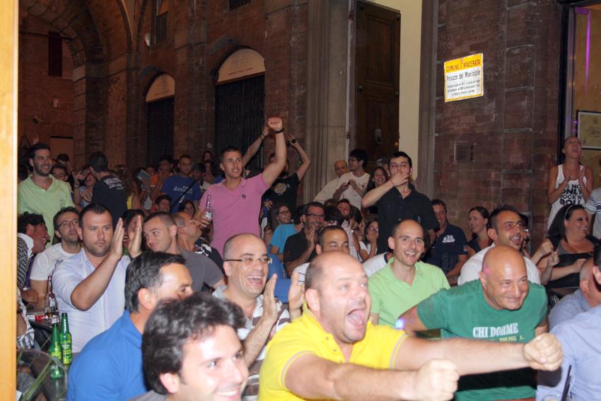 Macerata-in-festa-per-lItalia-in-finale-agli-Europei-4