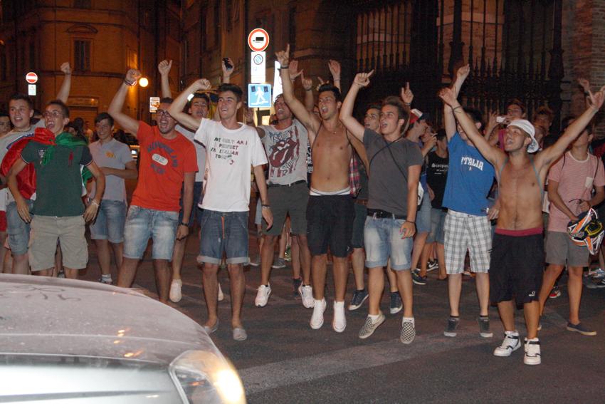Macerata-in-festa-per-lItalia-in-finale-agli-Europei-8