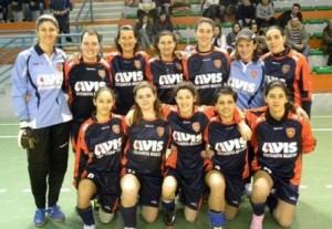 Prima-squadra-femminile-ss-2011-2012-300x207
