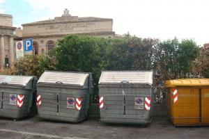 bidoni_rifiuti_sferisterio-2-300x200