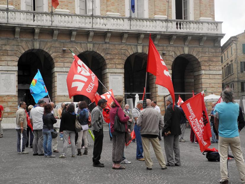 sindacati-in-piazza-cgil