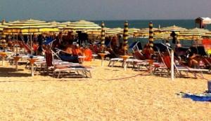 spiaggia-1o-300x173