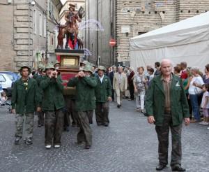 processione-san-giuliano-7-300x246
