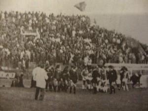 1982-83-Mc-Civitanovese-0-0-Le-squadre-entrano-in-campo-300x225