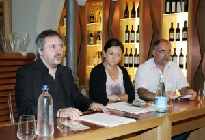 conferenza-stampa-macerata-ospitale-3-300x205