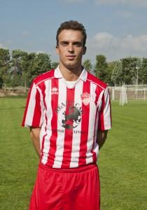 D-Roberto-Stacchio-difensore-classe-91-del-Chiesanuova-210x300