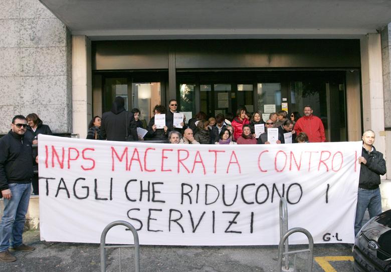 Protesta-Inps-Macerata-3