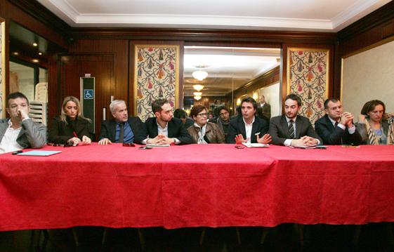 conferenza-stampa-opposizione-3