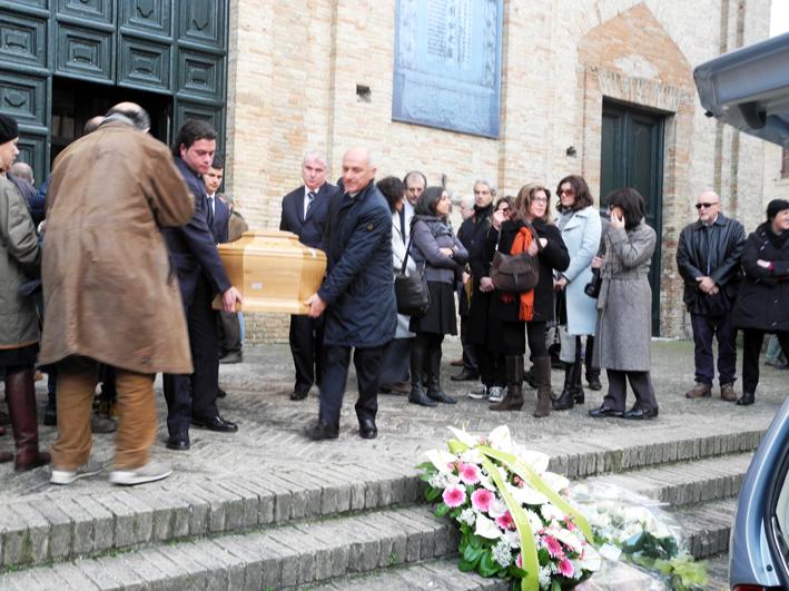Funerale-Annamaria-Cicconi-ved-Valori-2