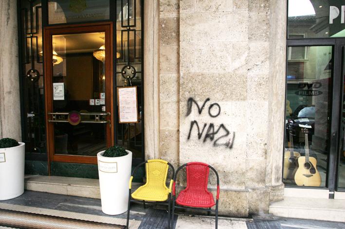 No-Nazi-1