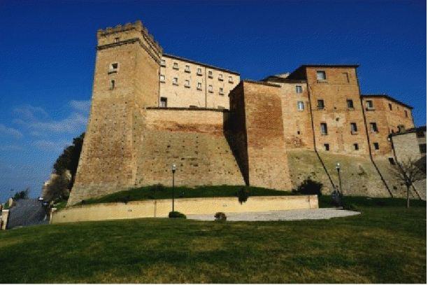 castello_brunforte1