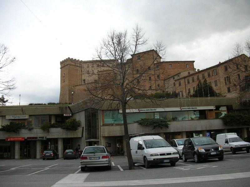 castello_loro_piceno2