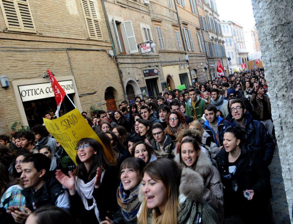 manifestazione_studenti-1