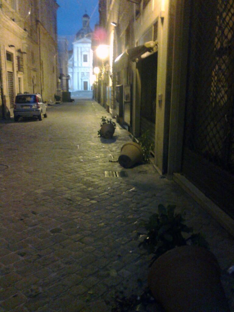 vandali-centro-storico-1-768x1024