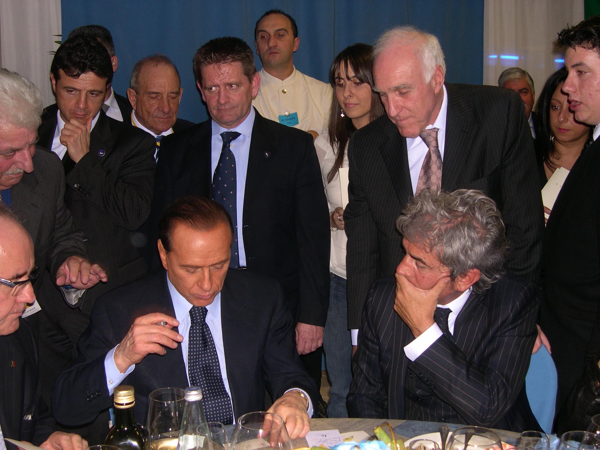 Ercoli-Berlusconi-e-Paciotti-Busco-2006
