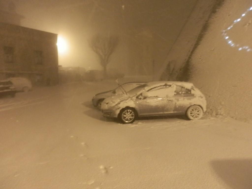 NEVE-MOGLIANO-DICEMBRE-2012-Ersilia-Garulli-e-Antonio-Giulio-Bordoni-1024x768