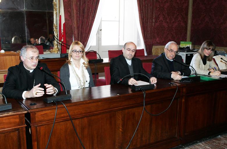 Vescovo-Giuliodori-Assessore-Manzi-2