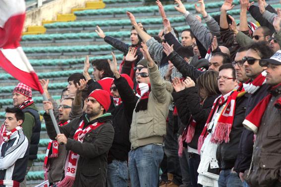 Maceratese-Ancona_Tifosi (10)