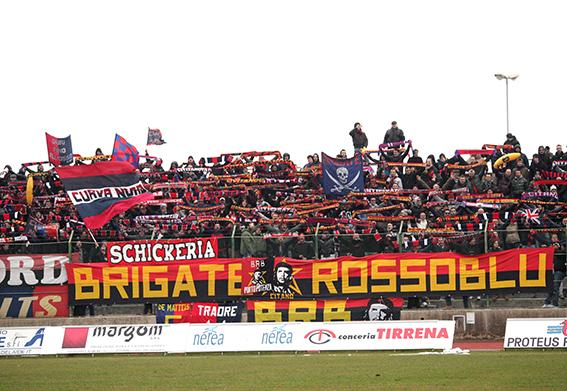 I tifosi della Civitanovese al derby
