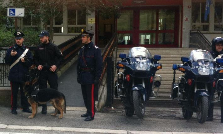 controlli carabinieri antidroga1